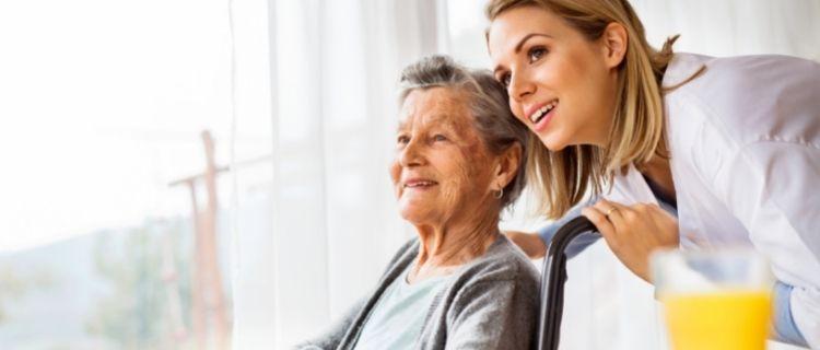 介護福祉士の資格を取る